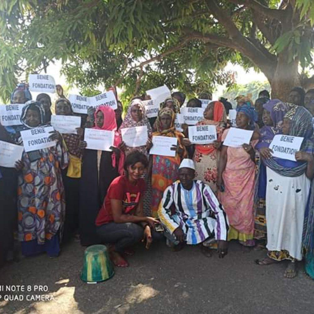 Benie Foundation Inc. Guinee – Les femmes de Kouroussa et Kissidougou  – Outils et forages