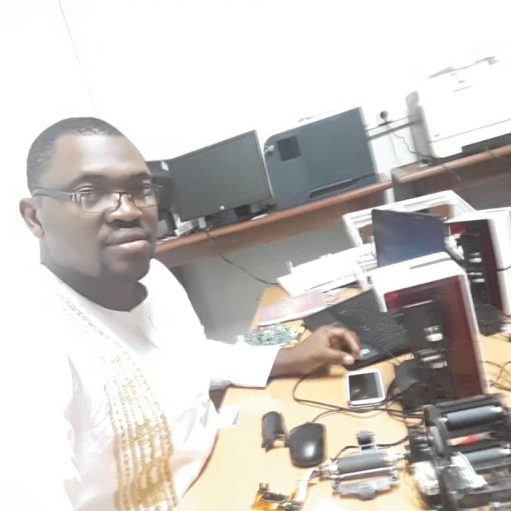 Contacts- New Trade Center / Cameroun