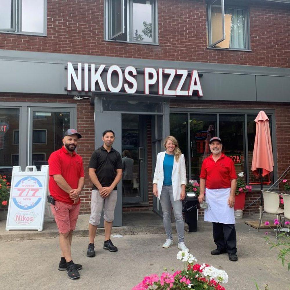 """CANADA – HON. MÉLANIE JOLY, MINISTRE DU DÉVELOPPEMENT ÉCONOMIQUE ET DES LANGUES OFFICIELLES, A PARTAGÉ : """" … Karim et Stéphanie, propriétaires de Mamie Clafoutis, ainsi que toute l'équipe du Niko's Pizza & Deli."""""""