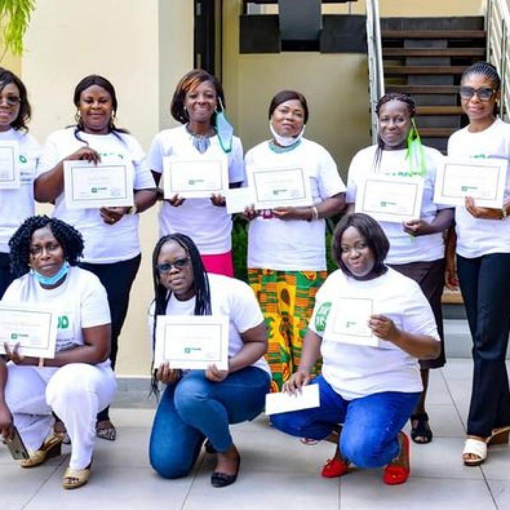 Première sortie officielle de FADD-GABON / FADD-GABON : cérémonie de remise des bourses aux femmes gabonaises / 3 juillet 2021, a l'hotel Le christal, Libreville, Gabon