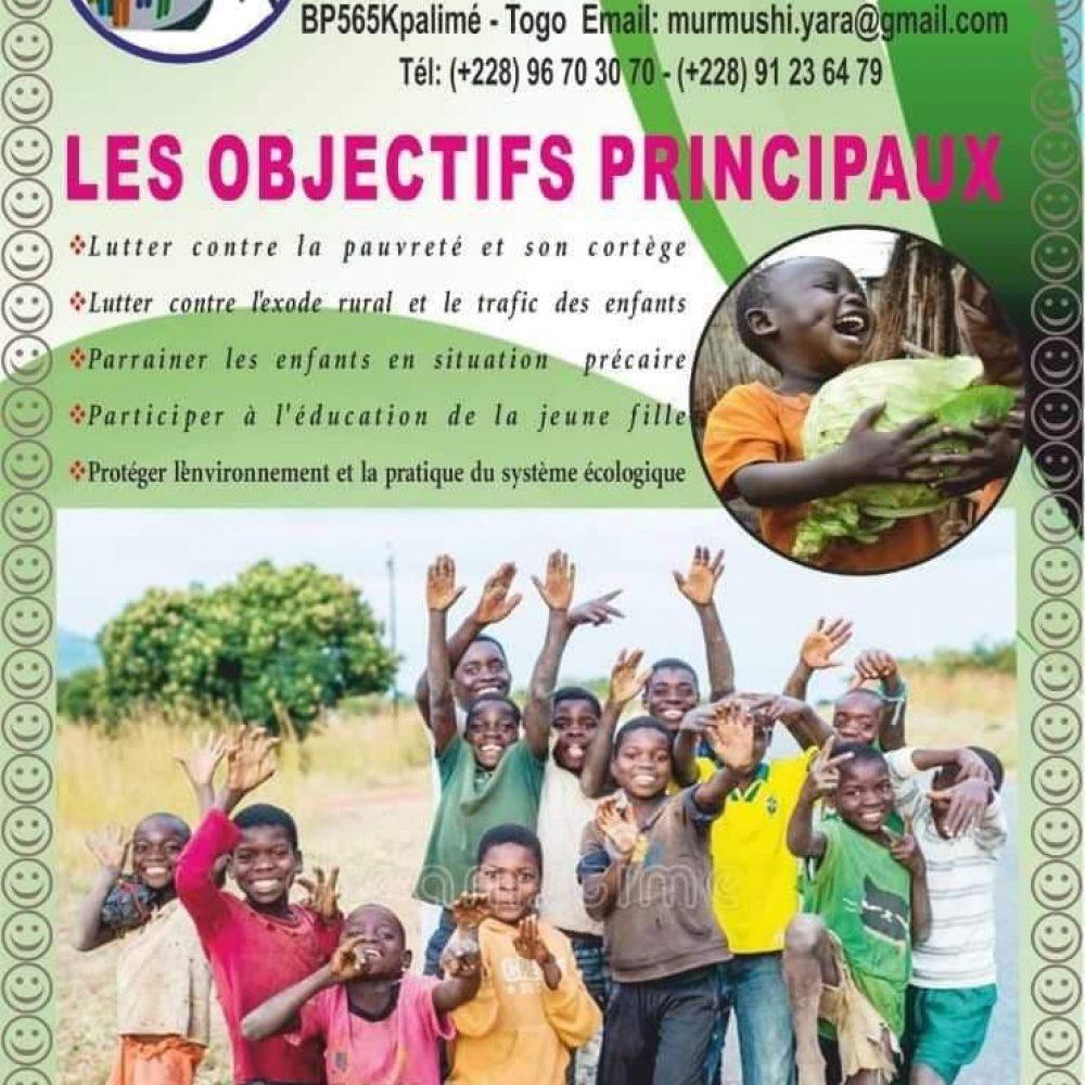 50ème Emission/GUEST – Togo (Français & English): MURMUSHI YARA (Qui signifie en Awoussah: Sourires aux enfants)/ Par: Jean-Marc OMOU KOKOU, Encadreur des enfants en situation très précaire- Present.: JUNELLA ONDO