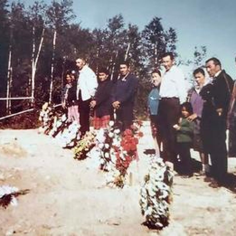 """CANADA–FIRST NATIONS/ WEEKLY SHARING NEWS : """"First Nation's heart remains broken 49 years later : Eight optimistic young lives on their way home to Bunibonibee Cree Nation were lost in a 1972 plane crash"""""""